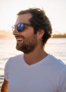 man-wearing-sunglasses.jpg